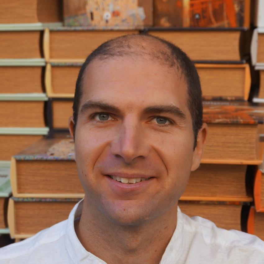 Autores Álvaro Cano
